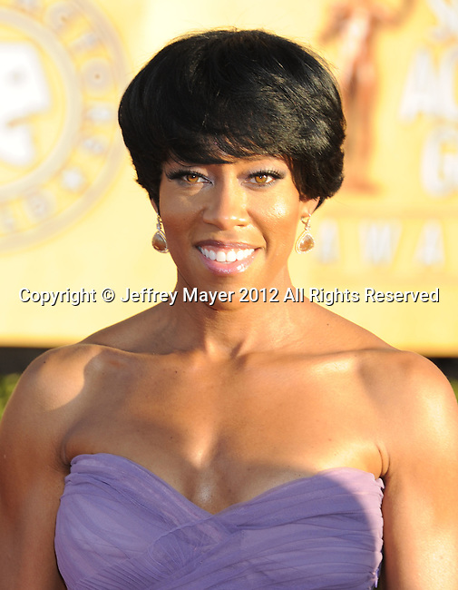 LOS ANGELES, CA - JANUARY 29: Regina King arrives at the 18th Annual Screen Actors Guild Awards held at The Shrine Auditorium on January 29, 2012 in Los Angeles, California.