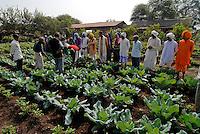 INDIEN  Madhya Pradesh , bioRe Projekt fuer biodynamischen Anbau von Baumwolle in Kasrawad, Weiterbildung von Farmern zur Verbesserung der Anbaumethoden -  INDIA Madhya Pradesh , organic cotton project bioRe in Kasrawad, agricultural training for small scale farmers