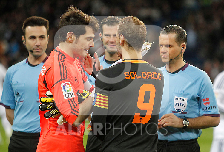 Real Madrid's Iker Casillas and Valencia's Roberto Soldado during King's Cup match. January 15, 2013. (ALTERPHOTOS/Alvaro Hernandez)