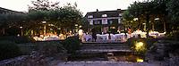 """Europe/France/Aquitaine/24/Dordogne/Tremolat : Relais & château """"Le Vieux Logis"""" - Diner dans le jardin"""