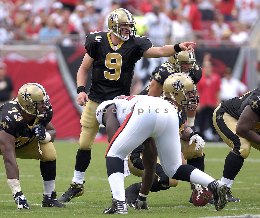 DREW BREES, of the New Orleans Saints in action during the Saints game against the Tampa Bay Buccaneers on September 16, 2007 in Tampa Bay, Florida...BUCCANEERS win 31-14..SportPics