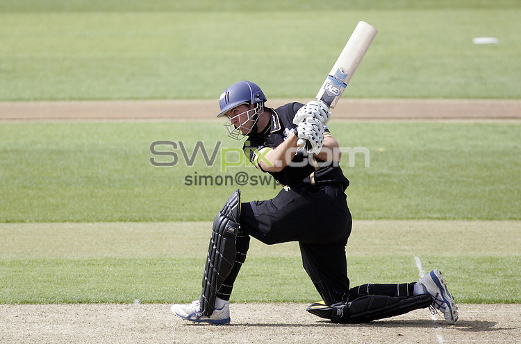 PICTURE BY VAUGHN RIDLEY/SWPIX.COM - Cricket - LV County Championship - Yorkshire v Worcestershire, Day One - Headingley, Leeds, England - 28/04/09...Copyright - Simon Wilkinson - 07811267706...Yorkshire's Michael Vaughan.