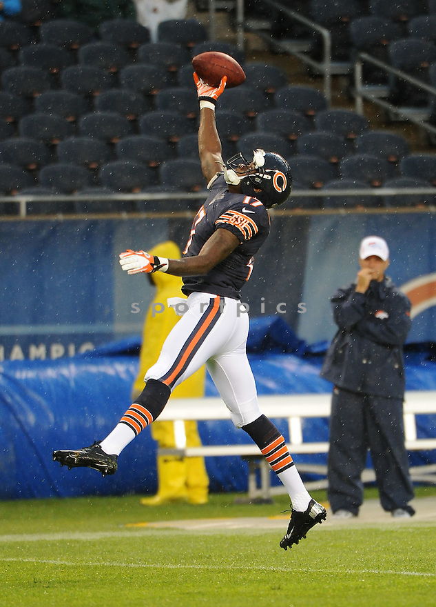 ALSHON JEFFERY (17), of the Chicago Bears, in action during the Bears preseason game against the Denver Broncos on August 9, 2012 at Soldier Field in Chicago, IL. The Broncos beat the Bears 31-3.
