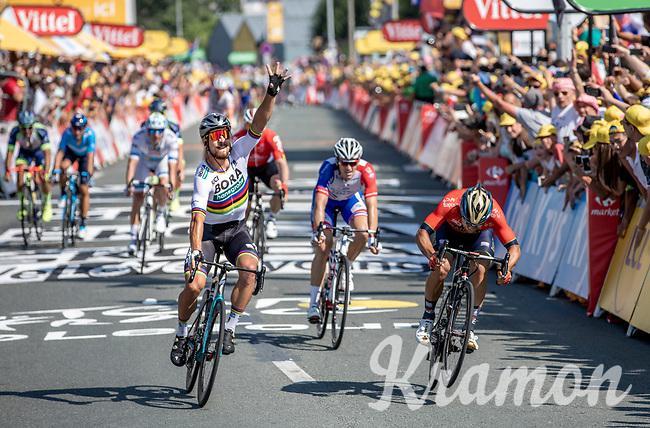 World Champion Peter Sagan (SVK/Bora Hansgrohe) beats Sonny Colbrelli (ITA/Bahrain Merida) in a close sprint.<br /> <br /> Stage 2: Mouilleron-Saint-Germain > La Roche-sur-Yon (183km)<br /> <br /> Le Grand Départ 2018<br /> 105th Tour de France 2018<br /> ©kramon