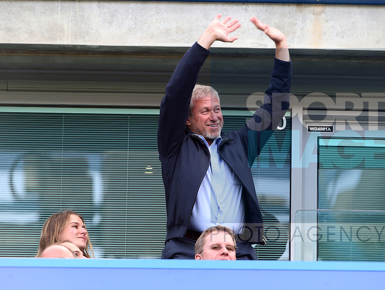 Chelsea's Roman Abramovich waves to the crowd during the Premier League match at Stamford Bridge Stadium, London. Picture date: May 18th, 2017. Pic credit should read: David Klein/Sportimage
