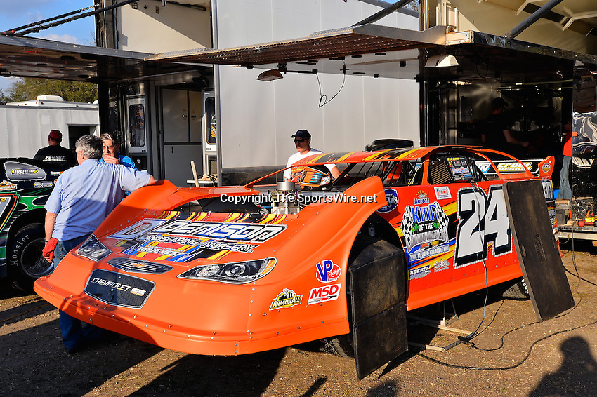 Feb 20, 2014; 5:01:48 PM;  Barberville, FL, USA;  World of Outlaws Late Model Series for 43rd Annual DIRTcar Nationals presented by Summit Racing Equipment at Volusia Speedway Park.  Mandatory Credit: (thesportswire.net)