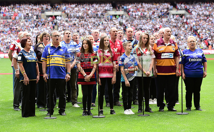Picture by Alex Broadway/SWpix.com - 27/08/2016 - Rugby League - Ladbrokes Challenge Cup Final - Hull FC v Warrington Wolves - Wembley Stadium, London, England - Aled Jones and Choir.