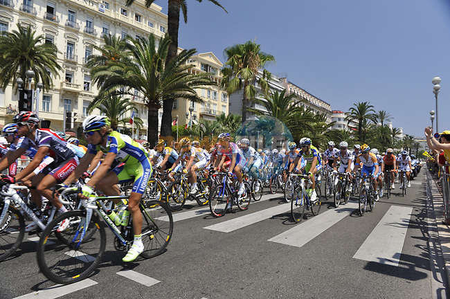 The peloton ride along the Promenade des Anglais, Nice, during Stage 2 of the Tour de France 2009 running 187km from Monaco to Brignoles, France. 5th July 2009 (Photo by Eoin Clarke/NEWSFILE)