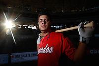 Sesion  a  Walter Ibarra Shortstop , de Venados de Mazatlan en el Estadio Sonora el  10 noviembre 2013