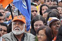 SAO PAULO, SP, 29 DE ABRIL DE 2012 -  1º DE MAIO DA FORÇA SINDICAL - O dia do trabalhador foi comemorado com ato organizado pela Força Sindical e diversos outros sindicatos na praça Campos de Bagatelle, zona norte da cidade. FOTO: LEVI BIANCO - BRAZIL PHOTO PRESS