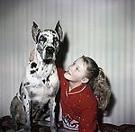 Юная актриса Лена Проклова с собакой. г. Москва. 1966–1968 гг. / Young actress Lena Proklova with a dog. Moscow. 1966-1968.