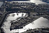 Oderhafen: EUROPA, DEUTSCHLAND, HAMBURG, (EUROPE, GERMANY), 19.10.2007: Hamburg, Hafen, Oderhafen, Travehaven, Sthamerkai, Stettiner Ufer,  Container, Verladung, Stueckgut, Schifffahrt, Transport Logistik,  Aufwind-Luftbilder, Luftbild, Luftaufname, Luftansicht.c o p y r i g h t : A U F W I N D - L U F T B I L D E R . de.G e r t r u d - B a e u m e r - S t i e g 1 0 2, .2 1 0 3 5 H a m b u r g , G e r m a n y.P h o n e + 4 9 (0) 1 7 1 - 6 8 6 6 0 6 9 .E m a i l H w e i 1 @ a o l . c o m.w w w . a u f w i n d - l u f t b i l d e r . d e.K o n t o : P o s t b a n k H a m b u r g .B l z : 2 0 0 1 0 0 2 0 .K o n t o : 5 8 3 6 5 7 2 0 9.C o p y r i g h t n u r f u e r j o u r n a l i s t i s c h Z w e c k e, keine P e r s o e n l i c h ke i t s r e c h t e v o r h a n d e n, V e r o e f f e n t l i c h u n g  n u r  m i t  H o n o r a r  n a c h M F M, N a m e n s n e n n u n g  u n d B e l e g e x e m p l a r !.