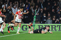 Mark Wilson of England scores a try during the Quilter International match between England and Japan at Twickenham Stadium on Saturday 17th November 2018 (Photo by Rob Munro/Stewart Communications)