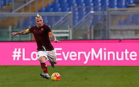 Calcio, Serie A: Roma vs Lazio. Roma, stadio Olimpico, 8 novembre 2015.<br /> Roma's Radja Nainggolan in action during the Italian Serie A football match between Roma and Lazio at Rome's Olympic stadium, 8 November 2015.<br /> UPDATE IMAGES PRESS/Riccardo De Luca