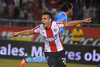BARRANQUILLA- COLOMBIA -14 -02-2016: Jorge Aguirre, jugador de Atletico Junior celebra el gol anotado a Patriotas FC, durante partido entre Atletico Junior y Patriotas FC, de la fecha 3 de la Liga Aguila I-2016, jugado en el estadio Metropolitano Roberto Melendez de la ciudad de Barranquilla. / Jorge Aguirre, player of Atletico Junior celebrates a scored goal to Patriotas FC, during a match between Atletico Junior and Patriotas FC, for date 3 of the Liga Aguila I-2016 at the Metropolitano Roberto Melendez Stadium in Barranquilla city, Photo: VizzorImage  / Alfonso Cervantes / Cont.