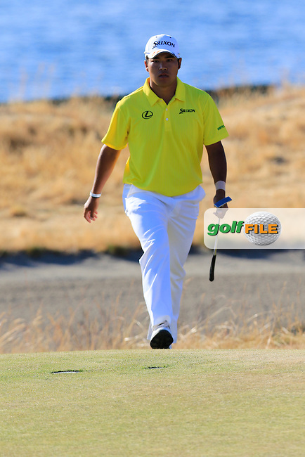 Hideki Matsuyana (JPN) walks onto the 15th green during Friday's Round 2 of the 2015 U.S. Open 115th National Championship held at Chambers Bay, Seattle, Washington, USA. 6/20/2015.<br /> Picture: Golffile | Eoin Clarke<br /> <br /> <br /> <br /> <br /> All photo usage must carry mandatory copyright credit (&copy; Golffile | Eoin Clarke)