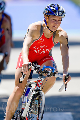 31 MAY 2009 - MADRID,ESP - Kate Allen - ITU World Championships Series Womens Triathlon (PHOTO (C) NIGEL FARROW)