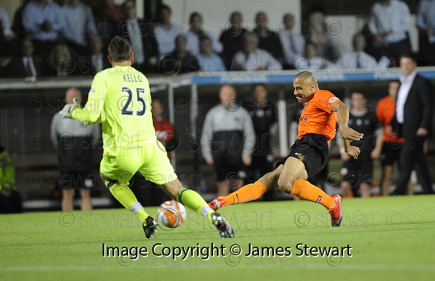 17/08/2009  Copyright  Pic : James Stewart.sct_jspa07_dundee_utd_v_hearts  .DANNY CADAMARTERI SCORES THE SECOND.....James Stewart Photography 19 Carronlea Drive, Falkirk. FK2 8DN      Vat Reg No. 607 6932 25.Telephone      : +44 (0)1324 570291 .Mobile              : +44 (0)7721 416997.E-mail  :  jim@jspa.co.uk.If you require further information then contact Jim Stewart on any of the numbers above.........