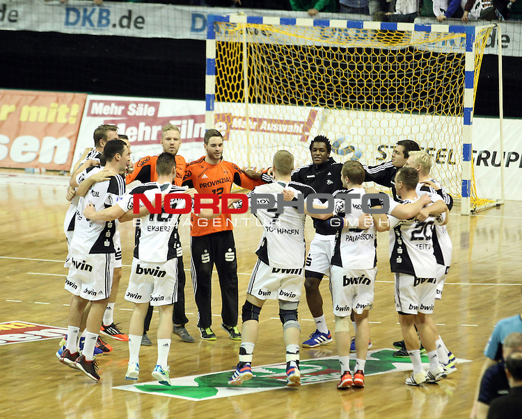 08.12.2013, Max Schmeling Halle, Berlin, GER, 1.HBL, Fuechse Berlin vs. THW Kiel, im Bild Kieler Spieler, <br /> <br />               <br /> Foto &copy; nph /  Schulz