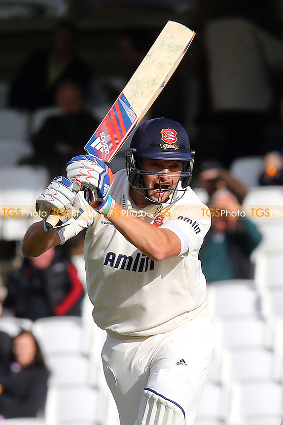 Nick Browne hits out for Essex - Surrey CCC vs Essex CCC - LV County Championship Division Two Cricket at the Kia Oval, Kennington, London - 27/04/15 - MANDATORY CREDIT: Gavin Ellis/TGSPHOTO - Self billing applies where appropriate - contact@tgsphoto.co.uk - NO UNPAID USE