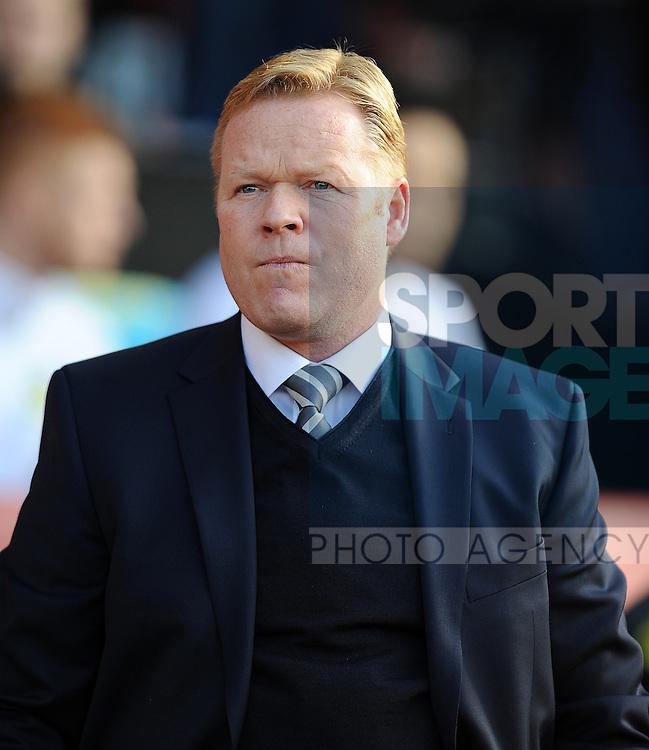 Southampton Manager Ronald Koeman<br />  - Barclays Premier League - Southampton vs Manchester City - St Mary's Stadium - Southampton - England - 30th November 2014 - Pic Robin Parker/Sportimage
