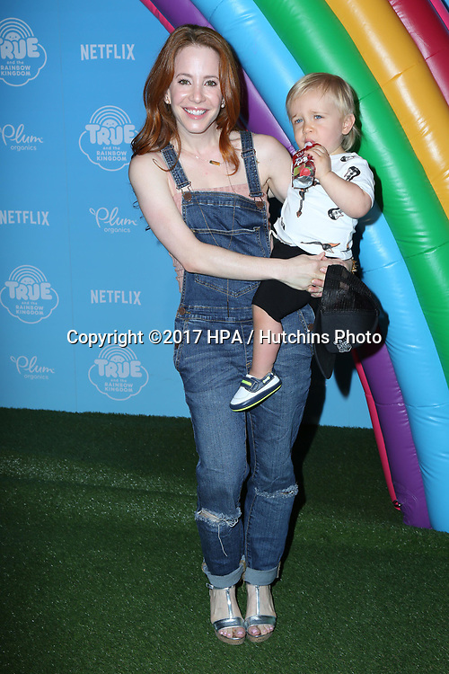 LOS ANGELES - AUG 10:  Amy Davidson, Lennox Sawyer Lockwood at the True and the Rainbow Kingdom Series LA Premiere at the Pacific Theater At The Grove on August 10, 2017 in Los Angeles, CA