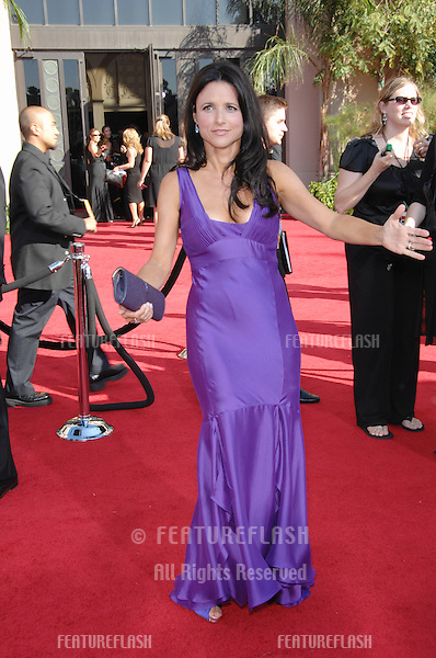 Julia Louis-Dreyfus at the 59th Primetime Emmy Awards at the Shrine Auditorium..September 16, 2007 Los Angeles, CA.Picture: Paul Smith / Featureflash