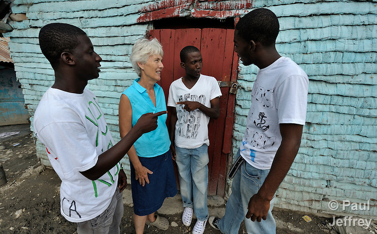 The Rev. Connie DiLeo is a United Methodist missionary in the Dominican Republic. She works in the southwest of the country developing new ministries among Dominican and Haitian immigrant youth. Here she talks with Haitian-Dominican youth in the Bombita batey near Barahona.