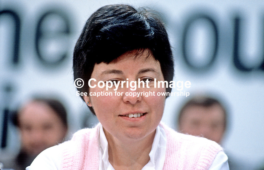 Clare Fallon, staff, headquarters, HQ, Fine Gael, political party, Rep of Ireland, 198103000067CF.<br />