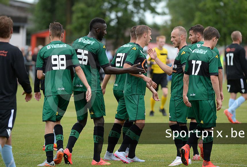 SVV Damme - Cercle Brugge : Cercle viert de 0-1<br /> foto VDB / BART VANDENBROUCKE