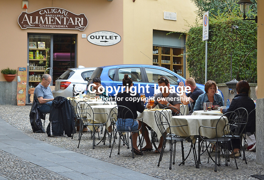 Al fresco dining, Belaggio, Lake Como, Italy, 4th October 2014, 201410043650<br />
