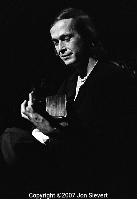Paco de Lucia, Dec 5, 1980, Warfield Theater, SF, 51-10-14. Spanish composer and guitarist. Recognized as a virtuoso flamenco guitarist all over the world, he is a leading proponent of the Modern Flamenco style, and is one of the very few flamenco guitarists who has also successfully crossed over into other genres of music. He enjoys, and has been a successful musician in many styles such as classical, jazz and world music.
