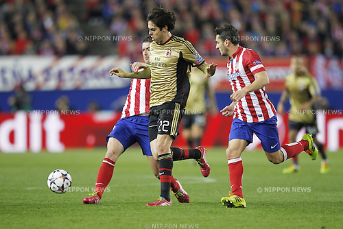 (L-R) Gabi (Atletico), Kaka (Milan), Koke (Atletico), MARCH 11, 2014 - Football / Soccer : UEFA Champions League match between Atletico de Madrid and AC Milan at the Vicente Calderon Stadium in Madrid, Spain. (Photo by AFLO) [3604]