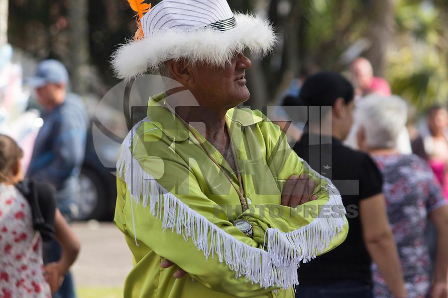 NAZARÉ PAULISTA, SP, 26.06.2016 - FESTA-DIVINO - Movimentação de pessoas na manhã deste domingo ,26, durante Festa do Divino Nazaré Paulista, no interior Paulista. (Foto: Darcio Nunciatelli/Brazil Photo Press)