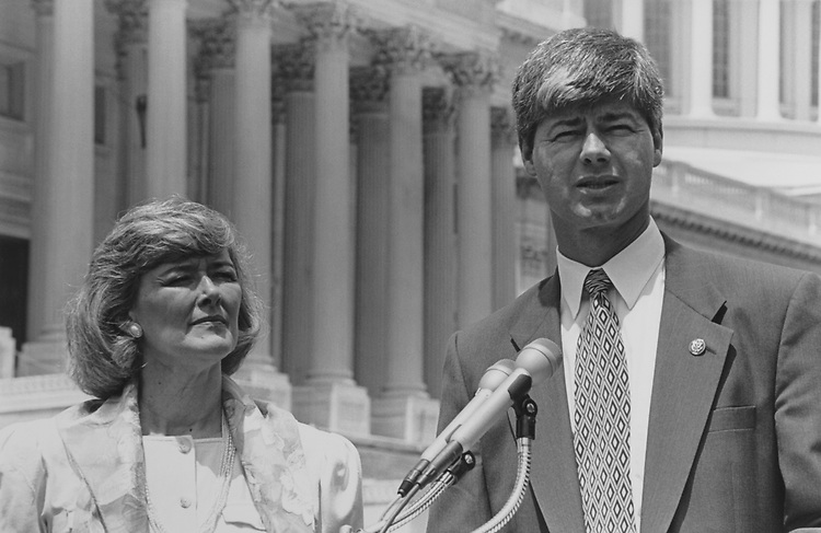Rep. Bart Stupak, D-Mich., and Rep. Patricia Schroeder, D-Colo., at a press conference on July 25, 1995. (Photo by Maureen Keating/CQ Roll Call)