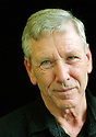 Amos Oz at the Edinburgh Book Festival 2002  pic Geraint Lewis