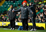 Celtic v St Johnstone....26.12.10  .Neil Lennon shouts at his players.Picture by Graeme Hart..Copyright Perthshire Picture Agency.Tel: 01738 623350  Mobile: 07990 594431