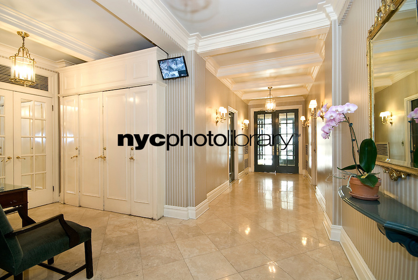 Lobby at 115 East 90th St