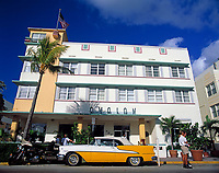 USA, Florida, Miami-Beach: art-deco-Viertel am Ocean Drive - Avalon Hotel | USA, Florida, Miami-Beach: art-deco-district at Ocean Drive - Avalon Hotel