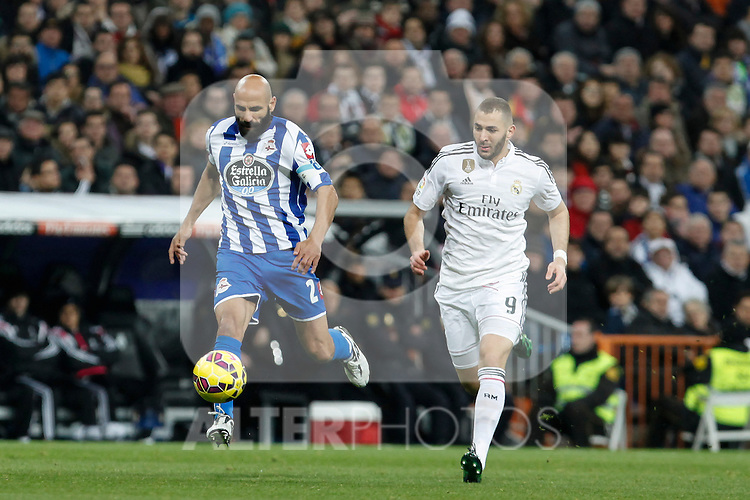 Real Madrid´s Karim Benzema (R) and Deportivo de la Courna´s Manuel Pablo during La Liga match at Santiago Bernabeu stadium in Madrid, Spain. February 14, 2015. (ALTERPHOTOS/Victor Blanco)