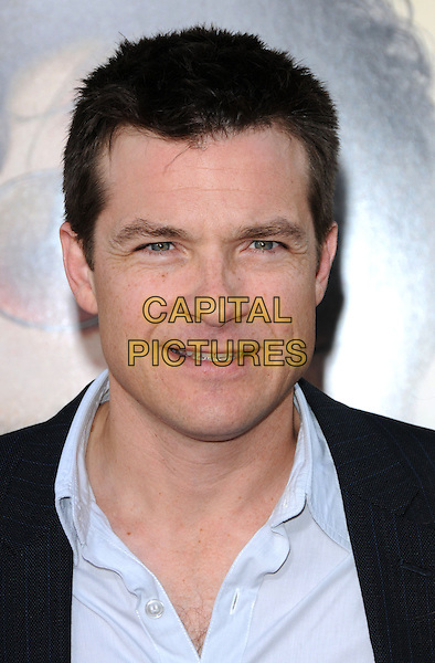 "JASON BATEMAN.The Warner Brother Pictures' L.A. Premiere of ""The Hangover"" held at The Grauman's Chinese Theatre in Hollywood, California, USA. .June 2nd, 2009.headshot portrait blue shirt collar .CAP/DVS.©Debbie VanStory/Capital Pictures."