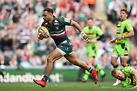 Telusa Veainu of Leicester Tigers runs in a first half try. Aviva Premiership match, between Leicester Tigers and Northampton Saints on April 14, 2018 at Welford Road in Leicester, England. Photo by: Patrick Khachfe / JMP