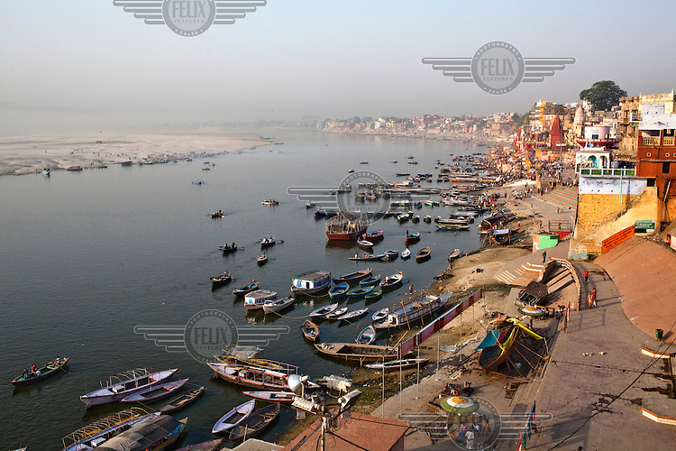 An overview of the ancient city of Varanasi and the Ganges River.