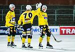 Uppsala 2014-10-30 Bandy Elitserien IK Sirius - Broberg S&ouml;derhamn :  <br /> Broberg S&ouml;derhamns Martin S&ouml;derberg firar sitt 0-2 m&aring;l p&aring; straff med Rolf Larsson och Erik Jonsson <br /> (Foto: Kenta J&ouml;nsson) Nyckelord:  Bandy Elitserien Uppsala Studenternas IP IK Sirius IKS Broberg S&ouml;derhamn jubel gl&auml;dje lycka glad happy