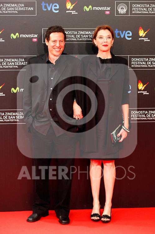 Annette Bening posses in the photocall of the 61 San Sebastian Film Festival, in San Sebastian, Spain. September 20, 2013. (ALTERPHOTOS/Victor Blanco)