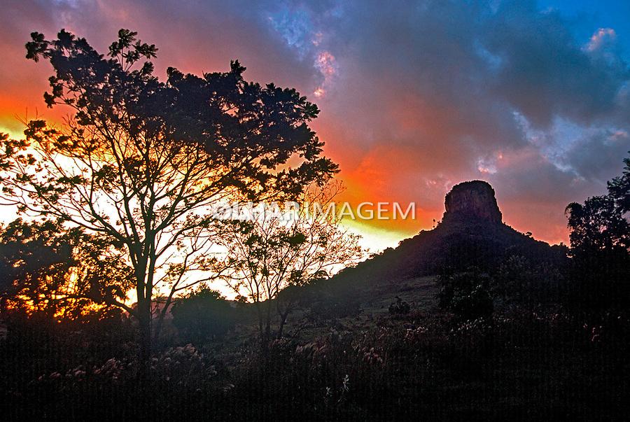 Pico do Cuscuzeiro em Analândia, São Paulo. 2002. Foto de Juca Martins.