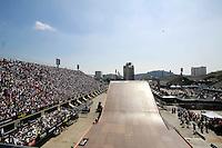 RIO DE JANEIRO, RJ, 26 AGOSTO 2012 - MEGARAMPA RIO DE JANEIRO -  Megarampa 2012, evento esportivo realizado pela primeira vez no Rio de Janeiro, na Praça da Apoteose, Rio de Janeiro, na manhã deste domingo (26). (FOTO: GUTO MAIA / BRAZIL PHOTO PRESS).