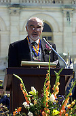 Sir Sean Connery makes acceptance remarks after receiving the American-Scottish Foundation's William Wallace Award at the United States Capitol in Washington, D.C. on April 5, 2001.  Connery received the award as part of the National Tartan Day Capitol ceremony..Credit: Ron Sachs / CNP