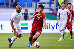 Phan Van Duc of Vietnam (C) fights for the ball with Khalil Baniateyah of Jordan (L) during the AFC Asian Cup UAE 2019 Round of 16 match between Jordan (JOR) and Vietnam (VIE) at Al Maktoum Stadium on 20 January 2019 in Dubai, United Arab Emirates. Photo by Marcio Rodrigo Machado / Power Sport Images