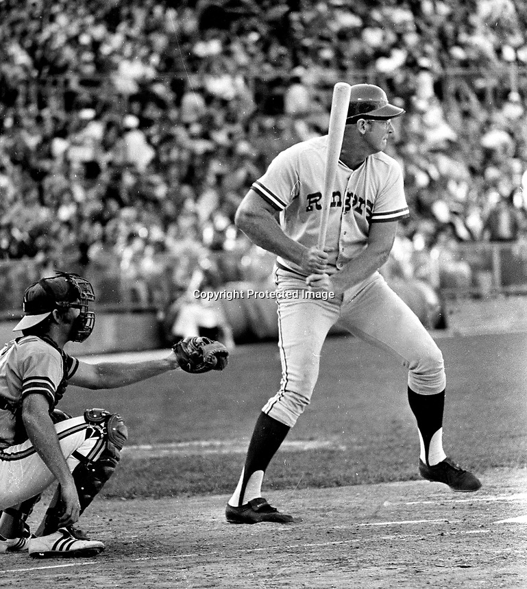 Texas Rangers Frank Howard against the A's (1972 photo/Ron Riesterer)